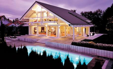 Casele Huf sunt frumoase, usoare si bine iluminate. Zidurile, de