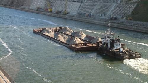 UE investeşte 176,4 de milioane de euro pentru modernizarea ecluzelor Canalului Dunăre-Marea Neagră