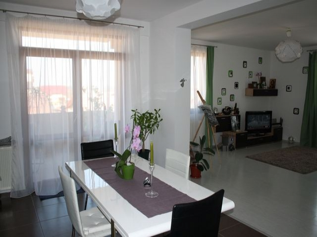 Apartamente 3 camere prelungirea ghencea cartier latin for Adda salon cartierul latin